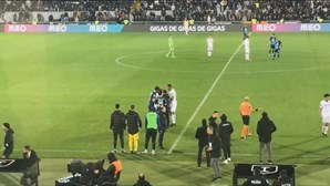 Três adeptos do Vitória de Guimarães proibidos de frequentar recintos desportivos