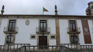 Câmara de Alijó assume testes à Covid-19 e queixa-se de inércia do Governo