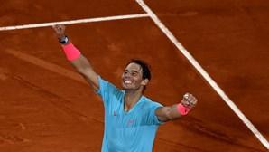 Roger Federer parabeniza Nadal por igualar recorde de 20 títulos do Grand Slam