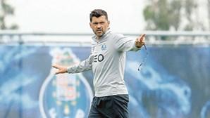 Sérgio Conceição procura triunfo inédito para FC Porto