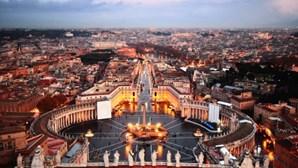 Vaticano confirma caso de Covid-19 na residência do papa Francisco