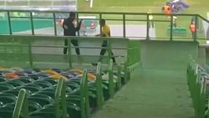 A reação de Rúben Amorim ao golo que deu empate ao Sporting após expulsão