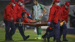 Benfica explica lesão que obrigou André Almeida a abandonar jogo frente ao Rio Ave
