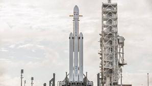 Elon Musk quer enviar foguetão a Marte em 2024