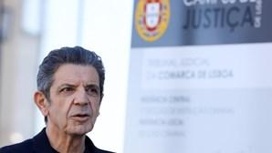 Carrilho absolvido dos crimes de violência doméstica contra Bárbara Guimarães