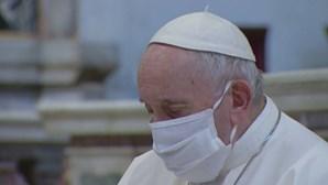 Papa vai celebrar missas de Natal e de Ano Novo sem fiéis devido à Covid-19