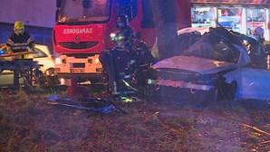 Homem de 27 anos morre em despiste na Estrada da Circunvalação no Porto. Há dois feridos