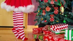 Criança pede vários produtos de luxo e quatro mil dólares ao Pai Natal e torna-se fenómeno da Internet