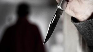 Julgado por matar amigo depois de arrancar orelha à dentada