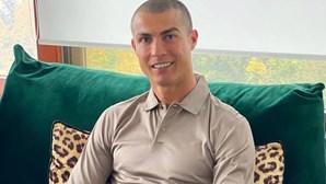 """Cristiano Ronaldo volta às redes sociais e diz que teste à Covid-19 é """"uma treta"""""""