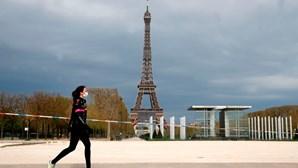 França regista quase 24 mil novos casos de Covid-19 num dia