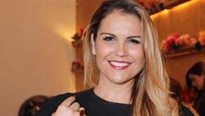 """Katia Aveiro revela: """"Comecei a trabalhar aos 16 anos... Aprendi na escola da vida"""""""