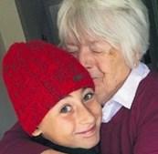 Rapaz de 11 anos percorre 2800 quilómetros para abraçar avó