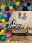 Lanche incluiu o bolo de aniversário e doces sortidos