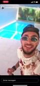 André 'Pirata', de 25 anos, mostrou-se junto a uma piscina e a beber de uma garrafa de champanhe Moët & Chandon