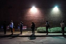 Em Houston também se formaram filas à porta dos locais de voto