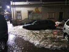 Inundações nas ruas de Faro