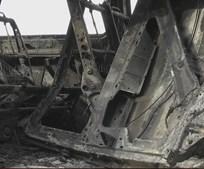 Ambulância destruída por chamas na A4 em Vila Real