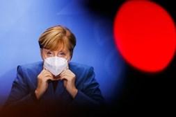 Merkel anunciou confinamento parcial
