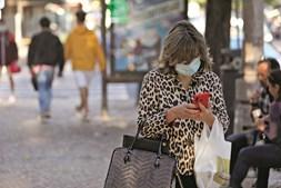 O Executivo prepara novas medidas para travar o avanço da pandemia do novo coronavírus, com vista a proteger a economia e o rendimento das famílias