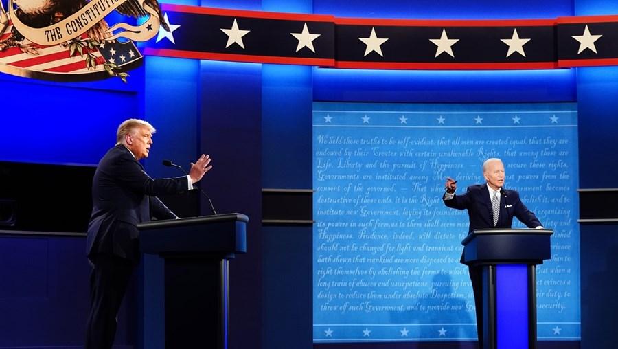 Debate de terça-feira ficou marcado pelas constantes interrupções e trocas de insultos entre os dois candidatos