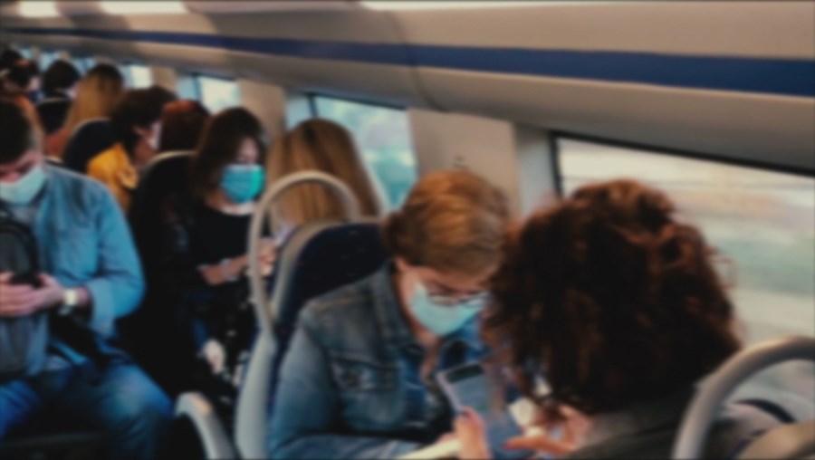 Passageiros nos transportes públicos