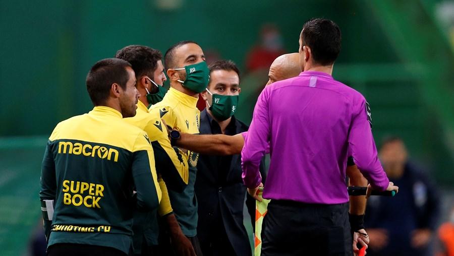Rúben Amorim injuriou o árbitro assistente Rui Teixeira e, na conferência de Imprensa, acabou por se penitenciar