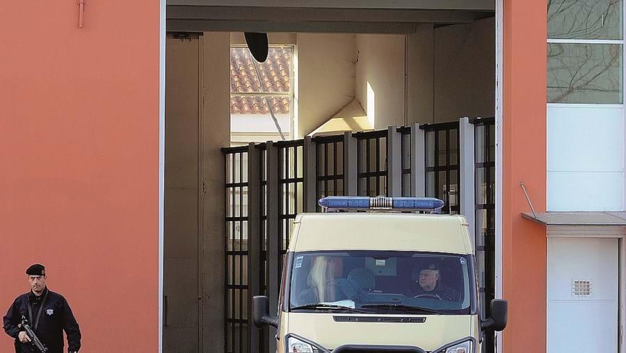 Estabelecimento prisional com sobrelotação e pouco espaço nas celas