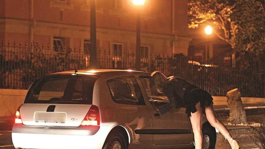 Mulher de 28 anos rouba idoso que recusa fazer sexo em Gaia