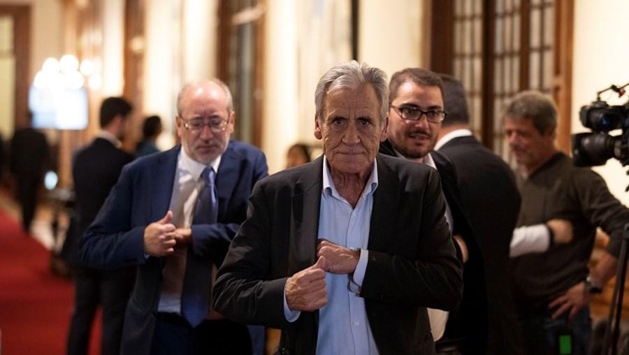 Comunistas, liderados por Jerónimo de Sousa, conseguiram que o Governo cedesse a uma das suas reivindicações
