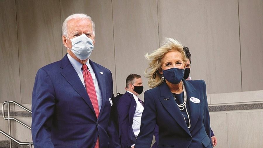 Joe Biden e a mulher, Jill, votaram em Wilmington, no estado de Delaware