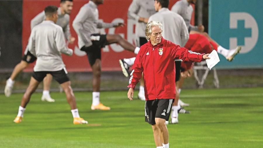 Jorge Jesus diz que os jovens contratados pelo Benfica têm grande qualidade