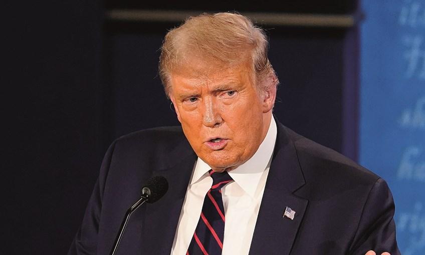 Trump disse acreditar que já não está contagioso e exigiu debater com Joe Biden frente a frente
