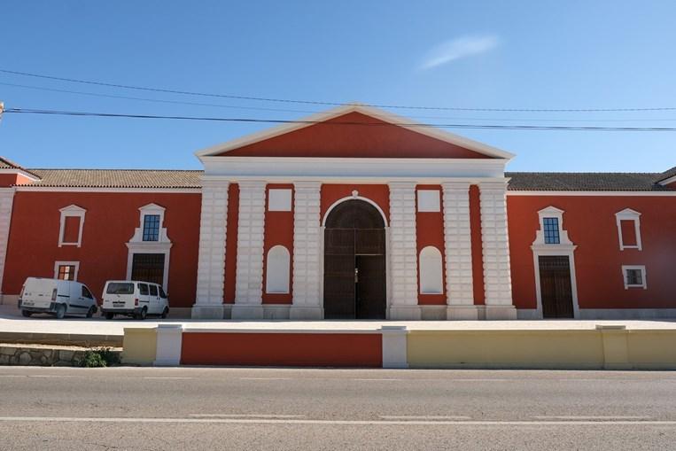 A antiga estação rodoviária deu lugar a um edifício onde será instalado um centro interpretativo e cultural