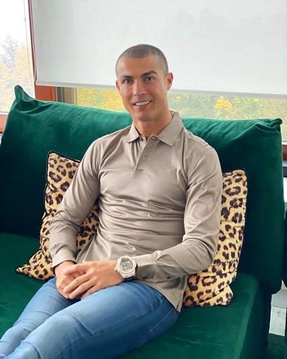 Depois de dizer que teste PCR 'é uma treta', Cristiano Ronaldo volta atrás e altera publicação nas redes sociais