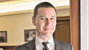 Secreário de Estado João Galamba põe 'boys' na presidência da Agência para a Energia