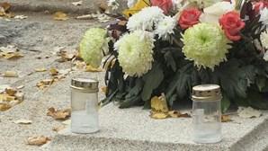Maioria dos cemitérios abertos mas com restrições e proibições. Saiba tudo