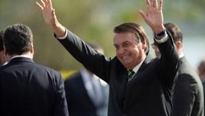 Candidatos às eleições municipais no Brasil apoiados por Bolsonaro em queda