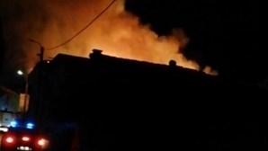 Incêndio deflagra em habitação em Gondomar