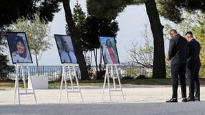 """""""Compaixão"""" e """"indignação"""" na homenagem às vítimas do atentado de Nice"""
