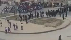 Polícia impede manifestação em Luanda com gás lacrimogéneo