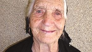 Idosa de 100 anos vence Covid-19 em lar de Moimenta da Beira
