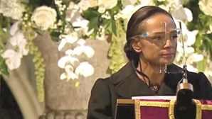 Emoção e lágrimas na despedida a Sindika Dokolo