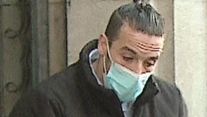 """Suspeito de matar homem a tiro em Braga quebra silêncio em tribunal: """"Só pensei em proteger a  família"""""""