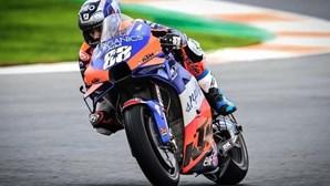 Miguel Oliveira brilha em Portimão e avança diretamente para a Q2