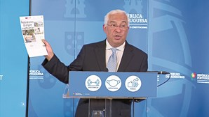 António Costa anuncia novas medidas: Miniférias são para passar em casa