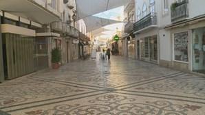Ruas de Faro desertas após ordem de recolhimento obrigatório