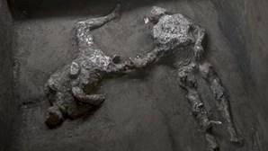 O nobre e o escravo: Descobertos corpos com quase dois mil anos em Pompeia