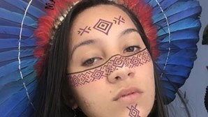 """""""Macho analfabeto"""": Indígena brasileira que acusou Portugal de ter """"dívida histórica"""" defende-se das críticas"""