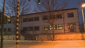 Fuga de gás obriga a evacuar escola na Guarda. Três crianças levadas de urgência ao hospital